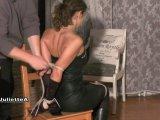Amateurvideo Stuhlfesselung Für Casting Teil 1 von JulietteA